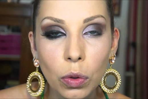 Maquiagem de festa com batom Violeta, por Lu Ferraes
