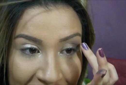 Maquiagem sem usar pincéis! Por Bianca Andrade