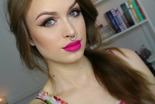 Neutral eyes + bright magenta lips