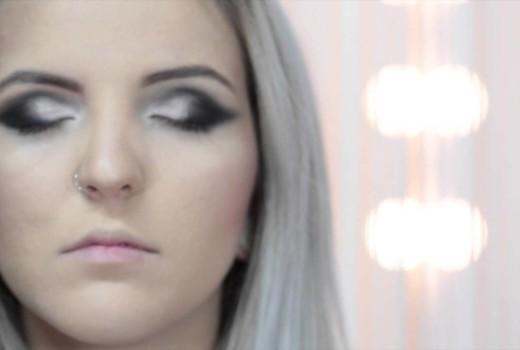 Aprenda Passo a Passo para Maquiagem Perfeita