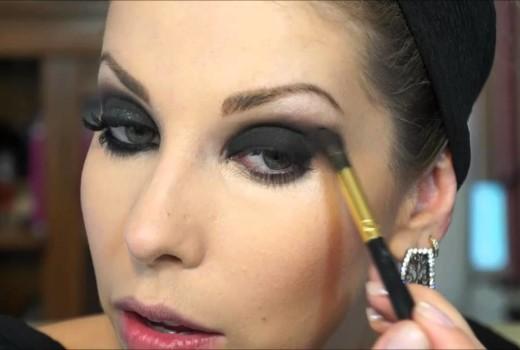 Como fazer Maquiagem Preta para Noite sem Mistério