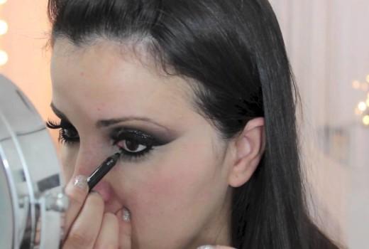 Dica de Maquiagem com Glitter 3D Silver da MAC