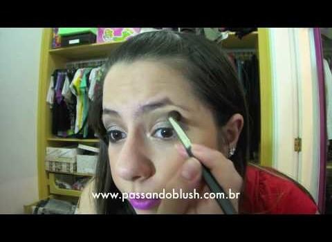 Dica de Maquiagem usando Batom Lilás
