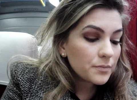 Maquiagem a caminho do trabalho por Alice Salazar