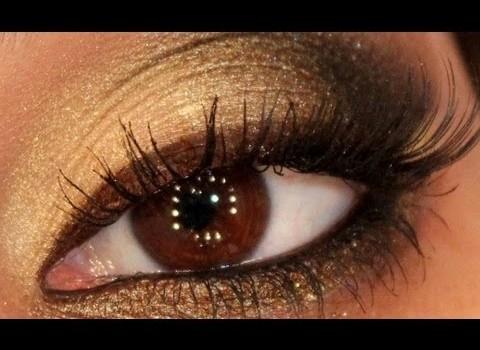 Tutorial de Maquiagem Dourada com Delineador Marrom