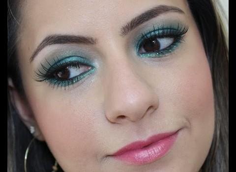 Tutorial de Maquiagem Verde Esmeralda para Carnaval