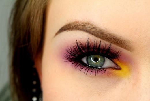 Tutorial para Olhos Coloridos e Esfumados