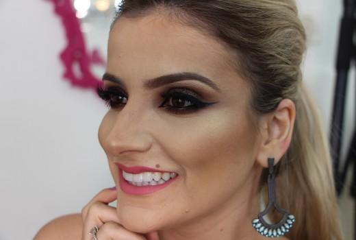 Como fazer uma linda Maquiagem com glitter